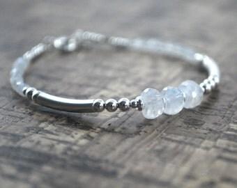 Moonstone Sterling Silver Bracelet Healing bracelet Gemstones. Calm Tranquil, Inspiration, Intuition + Confidence. Silver moonstone bracelet