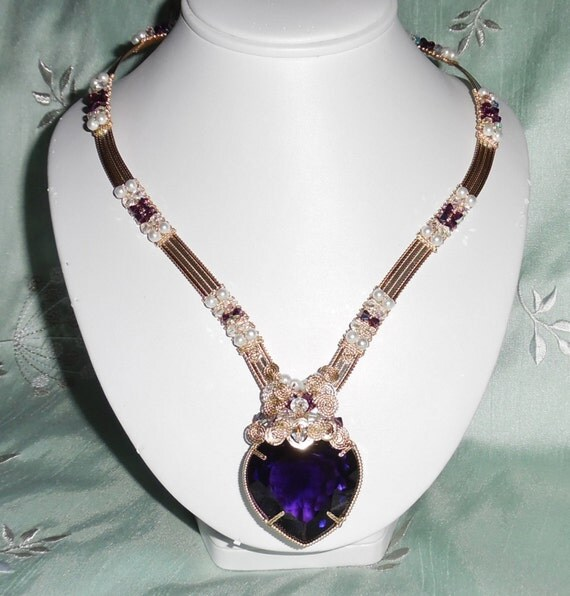 "117 ct Natural Faceted Heart Purple Amethyst gemstone, 14kt yellow gold 20"" Necklace"