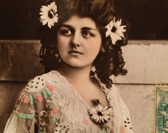 French Real Photo Postcard - Daisy Woman - Lace - White Flowers