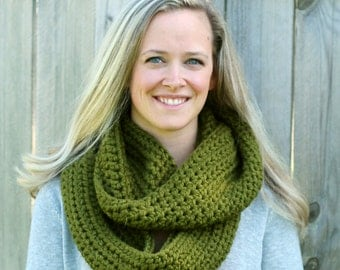 READY TO SHIP- Cool Weather Infinity Scarf in Cilantro Green