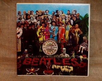 The Beatles - Sgt. Peppers Lonely Hearts Club Band - 1967 Vintage Vinyl Gatefold Record Album