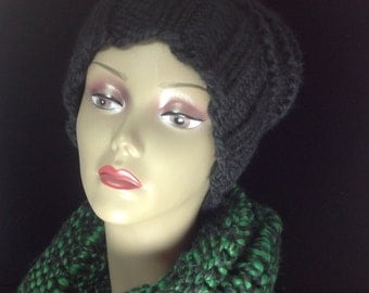 Soft hand knit cowl, Green and Black, winter coat fashion, winter cowl, so soft and cozy