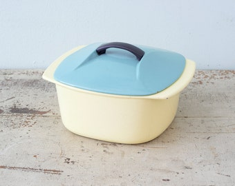 Yellow And Turquoise Lidded L'ISLET Pot Enamel Cast Iron Cookware
