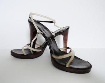 Vintage zapatos de tacón CHARLES JORDANIA zapatos   de 1970 tamaño 6 cuero crema Charles Jordania Stilettos