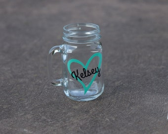Bridesmaid gift mason jar glass.  Mason jar for wedding party gift.   Heart and name included.  Mint green blue and black. Bridesmaid gift