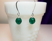 Emerald Green Crystal Drop Earrings, Christmas Mom Sister Grandmother Girlfriend Bridesmaid Jewelry Gift, Simple, Pretty, Small