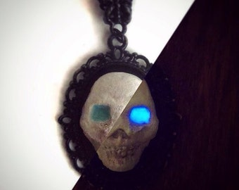Ice Demon - Glow in the Dark Skull - Black Chain Necklace OOAK White Walker GoT