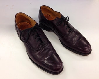 Cole Haan Wingtips, Burgundy Brogues, size 8 1/2 D/B US