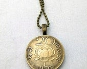 LOTUS COIN NECKLACE - India Waterlily 1970 coin - 20 paise lotus - flower necklace - buddhist, Lotus flower, Yoga, Namaste, sutra, hindu