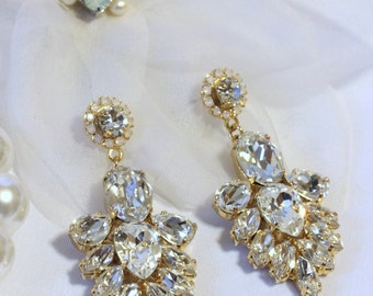 New Swarovski Bridal Earrings  Chandelier Bridal Earrings Hollywood Style Earrings Gold Crystal Drop Earrings Vintage Bridal Earrings Bridal