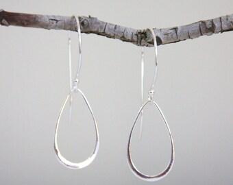 Sterling silver earrings, silver earrings, sterling silver teardrop earrings, teardrop earrings, everyday jewelry, silver dangle earrings