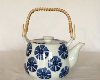 Tea Set Teapot 21 fl. oz.  Abstract Blue Floral Chinoiserie