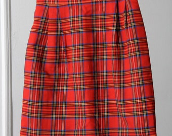 Cute Red Plaid 90s High-Waisted Skirt
