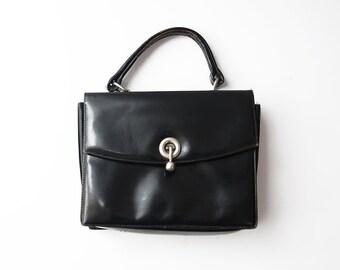 Vintage black leather 60s women handbag / purse / leather bag