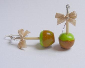 Food Jewelry Candy Apple Earrings, Toffee Apple Earrings, Miniature Food Jewellery, Mini Food Jewelry, Apple Jewelry, Apple Charm, Kawaii