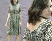 Adorable Vtg 60s LEOPARD Dress with Tee Top & FULL Skirt and Low Back, Small to X-Small