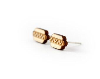 Hot dog stud earrings - tiny hotdog posts - fast food jewelry - graphic jewellery - lasercut maple wood - hypoallergenic surgical steel