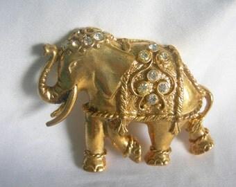 Gold Tone Rhinestone Elephant Brooch |Unsigned | Vintage