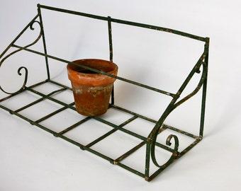 Italian metal flowerpot shelf