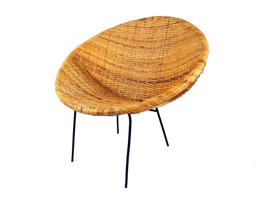 Mid Century Modern Woven Rattan Hoop Chair Wicker Basket Round Saucer Saltrini Style Scandinavian Design Furniture