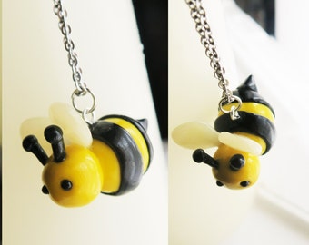 Cute Bee Necklace - Insect Jewelry - Insect Necklace