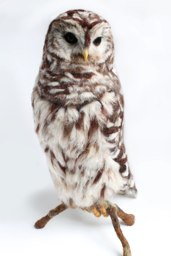 Large Barred Owl Sculp...