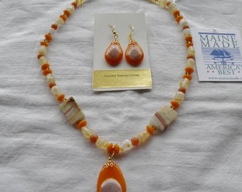 22 Karat Gold Maple Leaf Fused Glass Necklace and Earrings Set