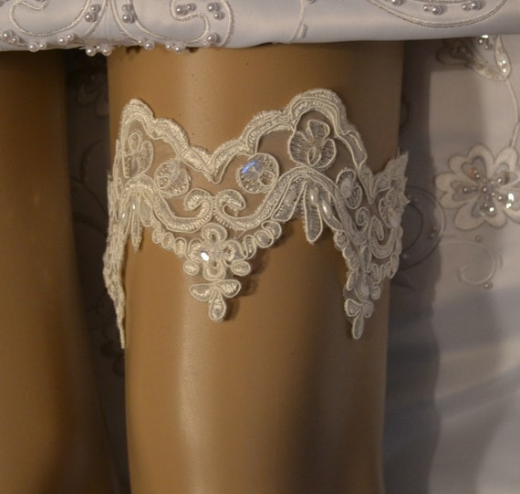 Ivory Garters Wedding: Wedding Garter Unique Ivory Lace Wedding By SpecialTouchBridal