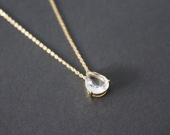 CLEARANCE SALE 45% OFF : Clear crystal drop necklace