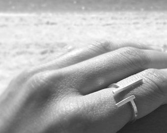RING - Linear - Sterling silver -  LinearMind Collection - Handcraft contemporary jewelry by Dsnú Design -  Limited edition