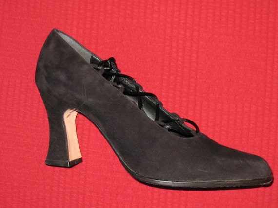 80s Shoes 80s Nina Made In Spain Shoes 6.5 Vintage Black Suede Lace-Up Pumps From The Late 80s ...