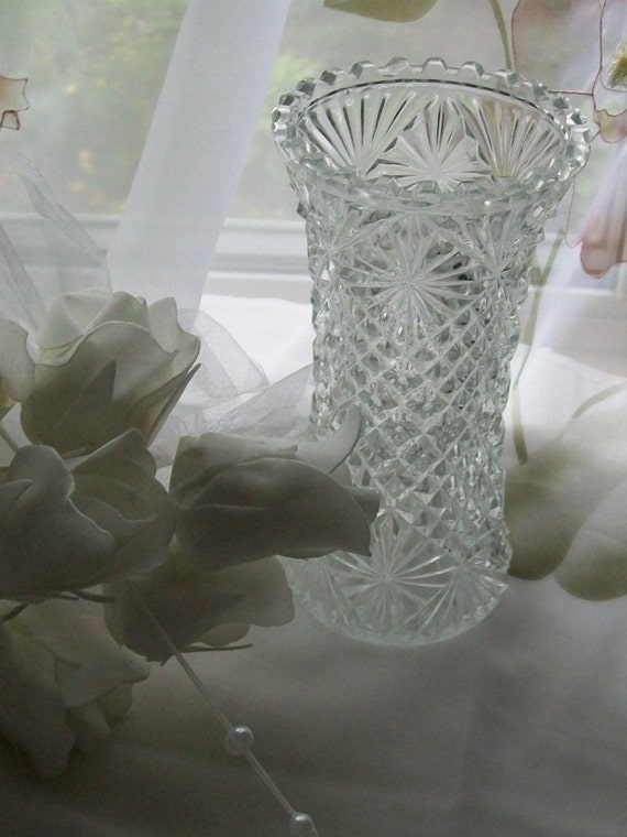 Vintage crystal vase diamond cut vase flower by newtouvintage How can i cut glass at home