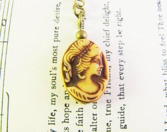 Brown Cameo Earrings, Cameo Jewelry, Bead Earrings, Cameo Earrings, Cameo Jewellery, Antique Bronze Earrings, Victorian Cameo Earrings