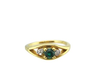 Vintage 14k HGE Gold Round Emerald Austrian Crystal Ring Size 7