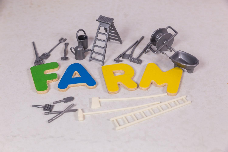 Miniature garden tools toy farm farm tools fairy garden for Miniature garden tools