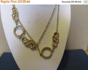 Vintage Sarah Coventry Necklace, Gold Tone Metal, Collectible Jewelry