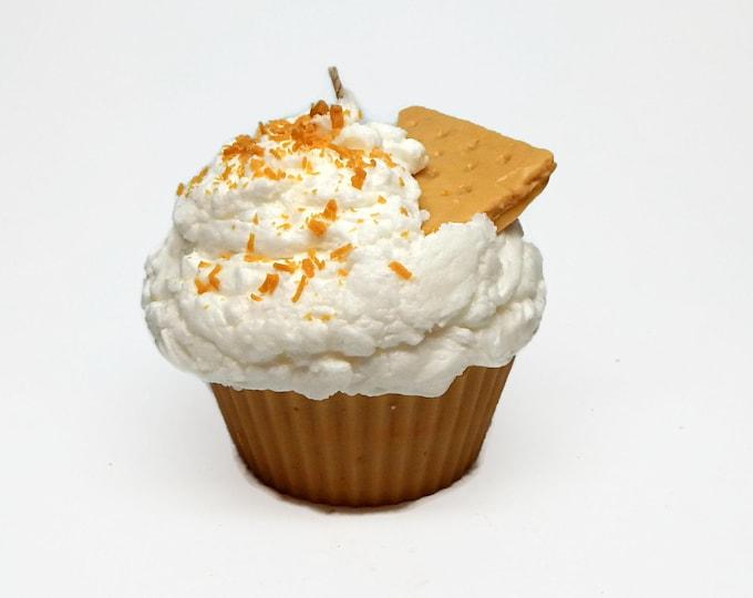 Jumbo Graham Cracker Scented Cupcake Candle