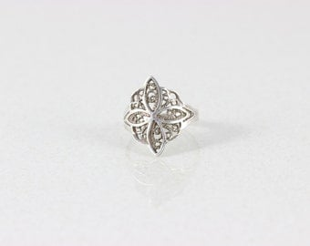 Sterling Silver Filigree Ring size 7 1/2