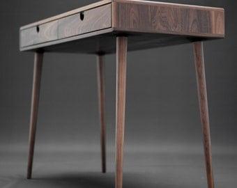 Schreibtisch büro modern  Hochwertige Möbel indie von Habitables auf Etsy