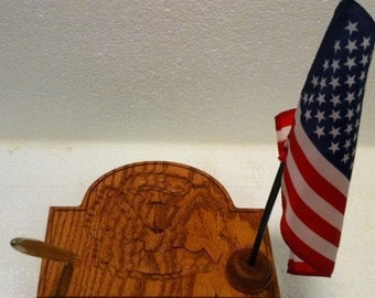 US Army Carved Oak Desk Pen & Flag