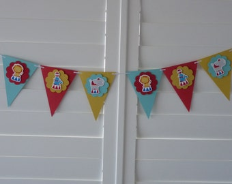 Circus Carnival Banner Bunting Garland - Birthday decor Party decor Baby shower Bedroom decor