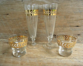 Mid Century Barware Glasses / Etched Glass with Gold Trim Bar Glasses / Lowball and Pilsner Vintage Barware / Mid Century Mod Bar