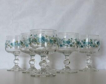 Vintage Wine glass. Veronica. Forget me not. Myosotis. Arcopal glasses. Set of 6. Wine glasses. French vintage // D356