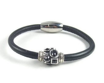 Black Leather Bracelet, Leather Jewelry, Womens Bracelet, Leather Bracelet, Womens Jewelry, Black Leather, Stainless