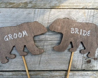Rustic Bride and Groom Bear Cake Toppers, Bride and Groom Centerpiece, Rustic Wedding Decor, Woodland Wedding Centerpiece,