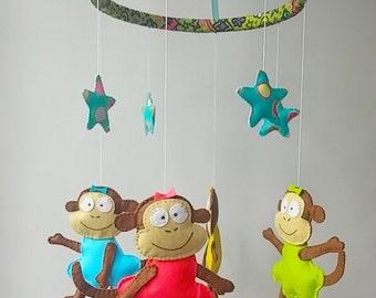 baby crib mobile, monkey felt  mobile, baby girl mobile, jungle mobile, nursery mobile, stuffed animal mobile, nursery room decor, felt toy