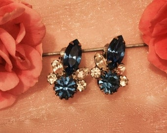 Vintage Jewelry Bermuda Blue Clear Crystal Rhinestone Earrings
