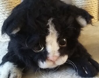 Custom Needle felted Kitten, Pet Portrait,  Life sized.