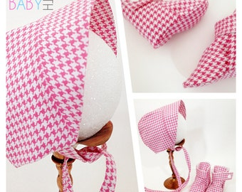 Newborn - 3 months baby girl pink houndstooth baby bonnet baby booties pink booties baby hat new baby gift baby shower infant set baby shoes