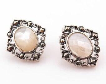 Vintage Mother Of Pearl Earrings / Sterling Silver Earrings (Item#EE187)